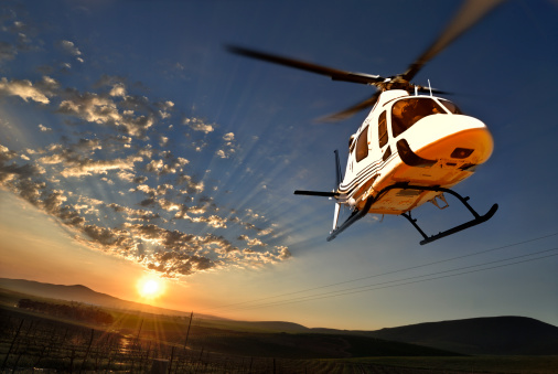Helicopter「Augusta helicopter lit by setting sun」:スマホ壁紙(7)