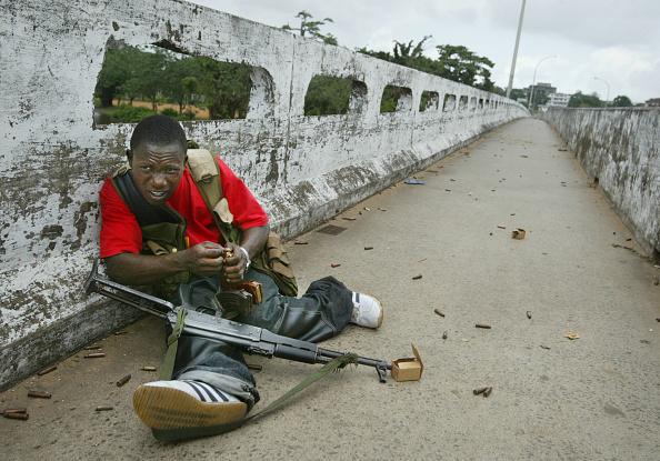Cement「Liberian Government Troops Push Back Rebels」:写真・画像(11)[壁紙.com]