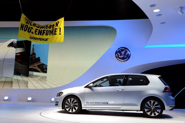 Ceiling「Paris Auto Show - Press Day」:写真・画像(9)[壁紙.com]