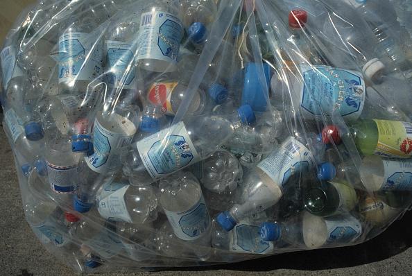 Bottle「PET bottles (polyethylene temephthalate) at collecting point」:写真・画像(19)[壁紙.com]