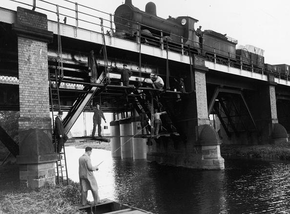 Construction Equipment「Viaduct Painters」:写真・画像(3)[壁紙.com]