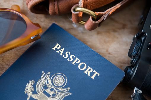 Purse「Passport, camera and sunglasses」:スマホ壁紙(5)