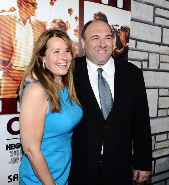 """James Gandolfini「Premiere Of HBO Films' """"Cinema Verite"""" - Red Carpet」:写真・画像(17)[壁紙.com]"""