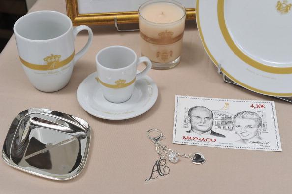 Male Likeness「Monaco Royal Wedding Preparations and Souvenirs」:写真・画像(11)[壁紙.com]