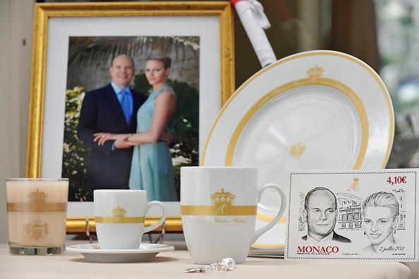 Male Likeness「Monaco Royal Wedding Preparations and Souvenirs」:写真・画像(8)[壁紙.com]