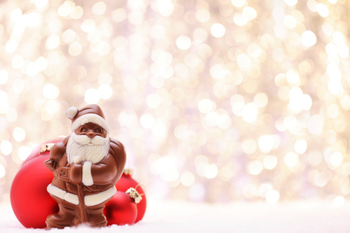 Milk Chocolate「Chocolate Santa and Red baubles」:スマホ壁紙(0)