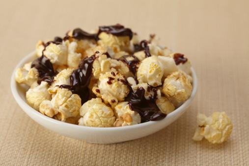 Chocolate Sauce「Chocolate Sauce Over Popcorn」:スマホ壁紙(18)