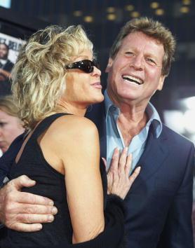 Farrah Fawcett「Los Angeles Premiere Of Malibu's Most Wanted」:写真・画像(18)[壁紙.com]