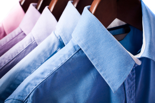 Industry「Blue and pink elegant button down shirts hanging on hangers」:スマホ壁紙(4)