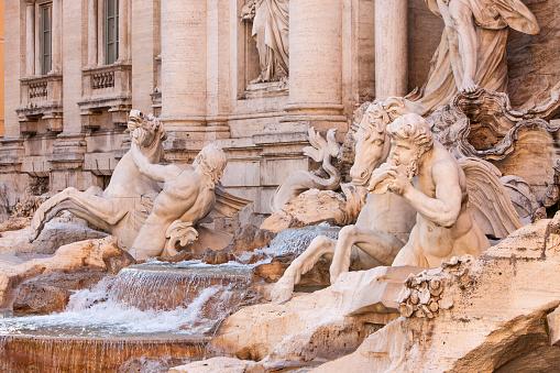 Piazza di Trevi「Trevi Fountain Rome Italy」:スマホ壁紙(16)