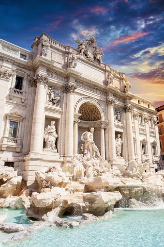 Piazza di Trevi「Trevi Fountain in Rome at Sunset」:スマホ壁紙(13)