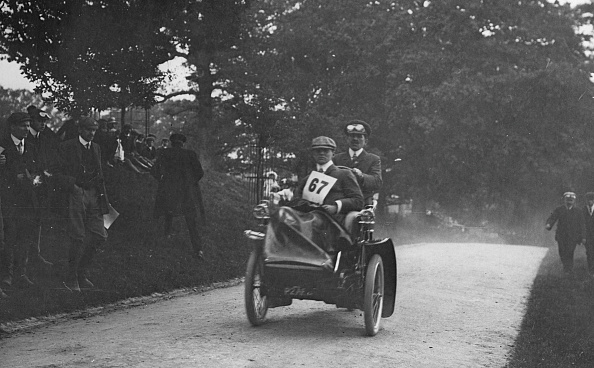 Dust「1906 Lagonda 12Hp Tricar. Creator: Unknown.」:写真・画像(8)[壁紙.com]