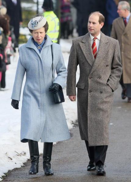King's Lynn「Royals Attend Christmas Day Service At Sandringham」:写真・画像(18)[壁紙.com]