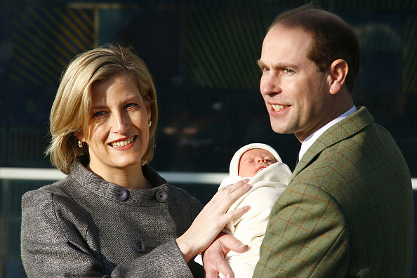 Countess Of Wessex「Prince Edward And The Countess Of Wessex Leave Hospital」:写真・画像(18)[壁紙.com]