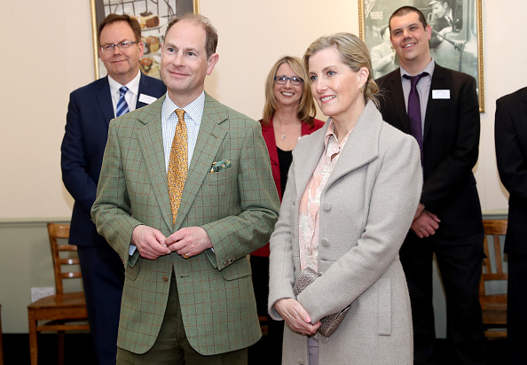 Sophie Rhys-Jones - Countess of Wessex「The Earl And Countess Of Wessex Visit Essex」:写真・画像(11)[壁紙.com]