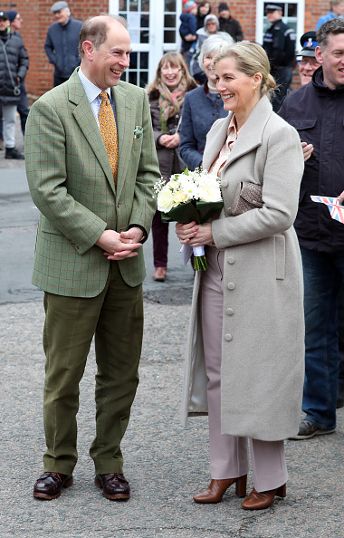 Sophie Rhys-Jones - Countess of Wessex「The Earl And Countess Of Wessex Visit Essex」:写真・画像(13)[壁紙.com]