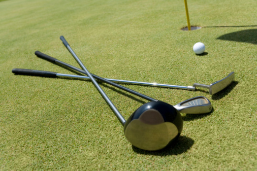 Northern Mariana Islands「Golf Club and Ball on Green」:スマホ壁紙(5)