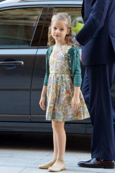 全身「Spanish Royals Attend Easter Mass in Palma de Mallorca」:写真・画像(19)[壁紙.com]