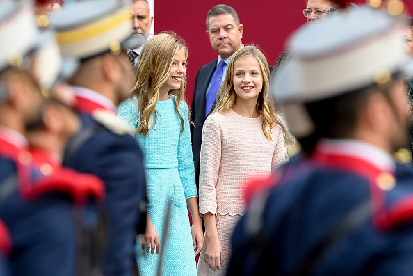Spanish Royalty「Spanish Royals Attend The National Day Military Parade」:写真・画像(6)[壁紙.com]