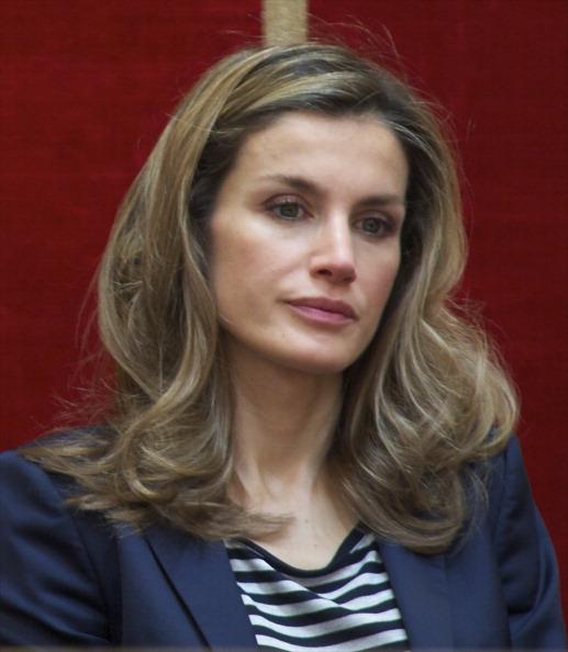 Carlos Alvarez「Prince Felipe and Princess Letizia Attend Caja Madrid  Foundation Grants Ceremony」:写真・画像(3)[壁紙.com]