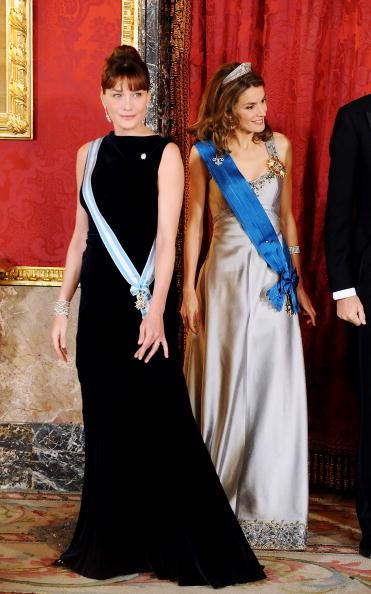 Decoration「Spanish Royals Host Gala Dinner Honouring Nicolas Sarkozy & Carla Bruni」:写真・画像(11)[壁紙.com]