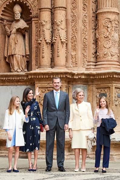 Palma Cathedral「Spanish Royals Attend Easter Mass In Palma De Mallorca」:写真・画像(17)[壁紙.com]
