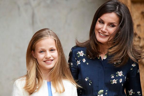 Leonor - Princess of Asturias「Spanish Royals Attend Easter Mass In Palma De Mallorca」:写真・画像(4)[壁紙.com]