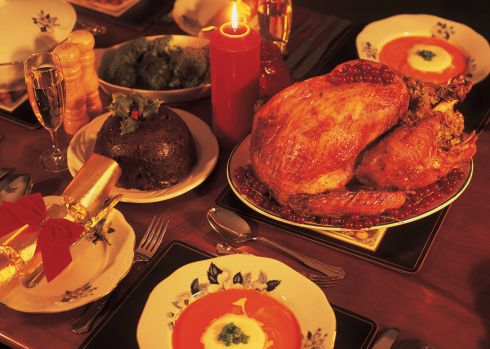 Christmas「high angle view of a Christmas turkey dinner served on a candle lit table」:スマホ壁紙(8)