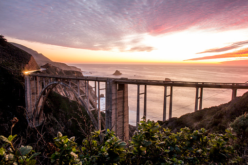 Bixby Creek Bridge「High angle view of Bixby Bridge and sunset sky, Big Sur, California, United States」:スマホ壁紙(12)