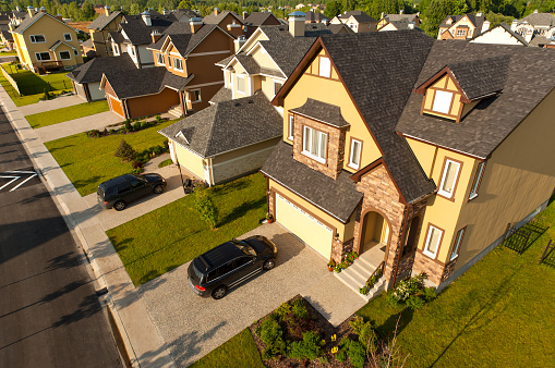 Aerial View「High angle view of suburban houses and cars」:スマホ壁紙(8)