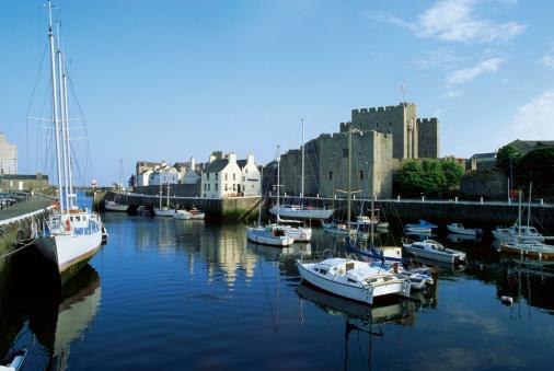 Isle of Man「High angle view of boats docked at a harbor, Rushen Castle, Isle of Man, British Isles」:スマホ壁紙(7)
