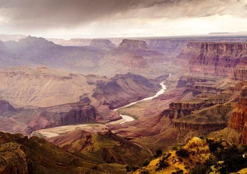 cloud「High angle view of Grand Canyon National park after spring storm, Arizona, USA」:スマホ壁紙(2)