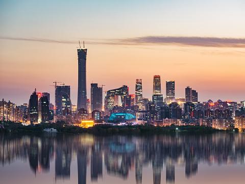 Beijing「High angle view of Beijing Skyline at Dusk」:スマホ壁紙(12)