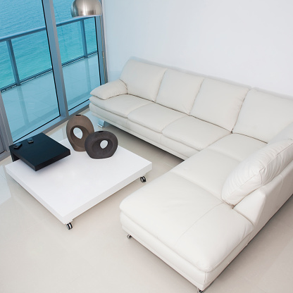Miami「High angle view of sofa and coffee table in modern living room」:スマホ壁紙(19)