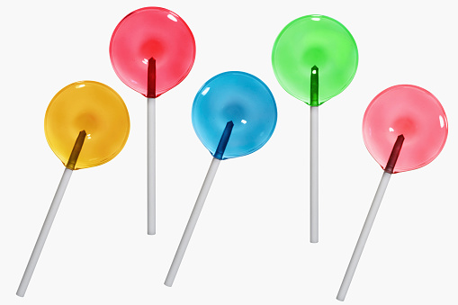 Saturated Color「High angle view of five lollipops」:スマホ壁紙(15)