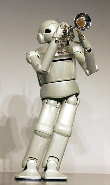 Toyota Unveils Newly Developed Robots:ニュース(壁紙.com)