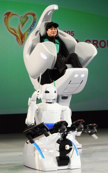 Japan Expo「Auto Giant Toyota Unveils Prototype Designs」:写真・画像(15)[壁紙.com]