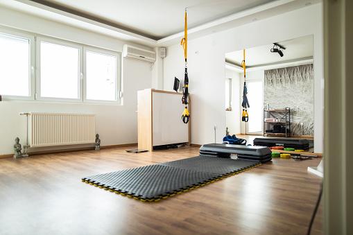 Competition「Modern gym」:スマホ壁紙(18)