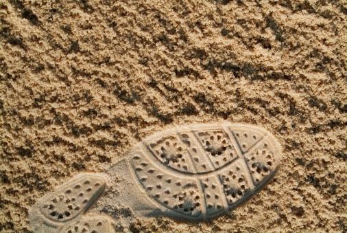 Sand Trap「Golf Shoe Print in Sand」:スマホ壁紙(7)