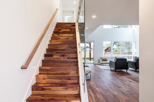 Steps and Staircases「Hardwood staircase with a wooden railing」:スマホ壁紙(13)