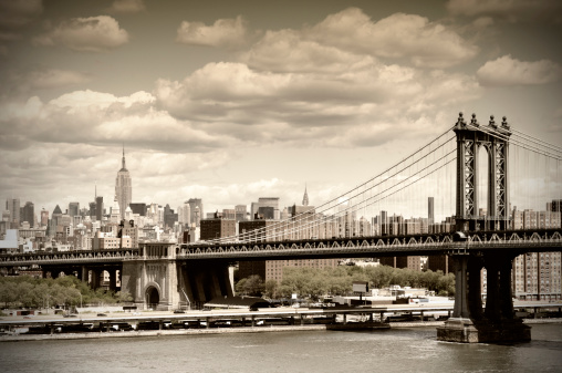Sepia Toned「Manhattan Bridge, NYC. Vintage Style」:スマホ壁紙(0)