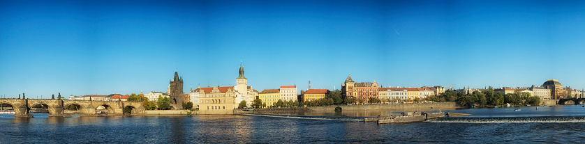 Charles Bridge「Prague, Charles Bridge Vlatava River」:スマホ壁紙(11)