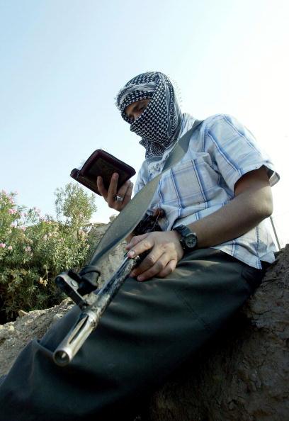 Ghaith Abdul-Ahad「Fallujah Insurgents Prepare For U.S. Offensive」:写真・画像(8)[壁紙.com]