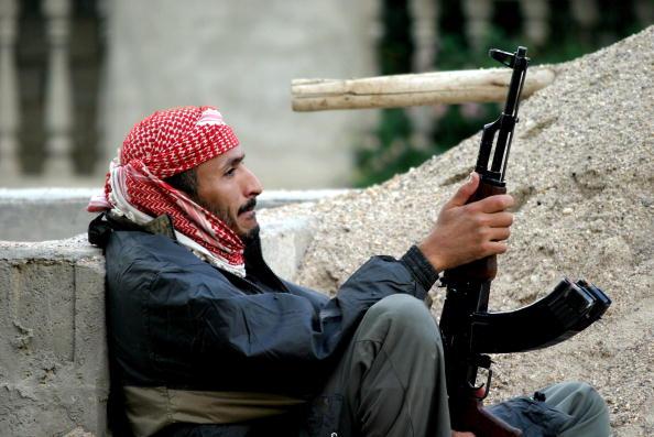 Sand Trap「Fallujah Insurgents Prepare For U.S. Offensive」:写真・画像(0)[壁紙.com]