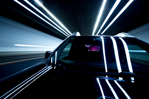 Light Trail「Speed and motion in tunnel」:スマホ壁紙(4)