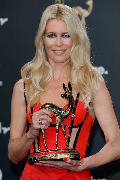 Claudia Schiffer「Winners Board - Bambi Awards 2017」:写真・画像(17)[壁紙.com]