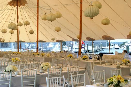 Tent「Elegant Seaside Wedding」:スマホ壁紙(0)