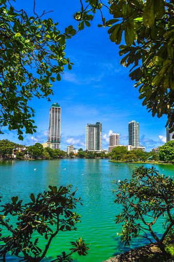 Sri Lanka「Skyline at the Beira Lake」:スマホ壁紙(18)
