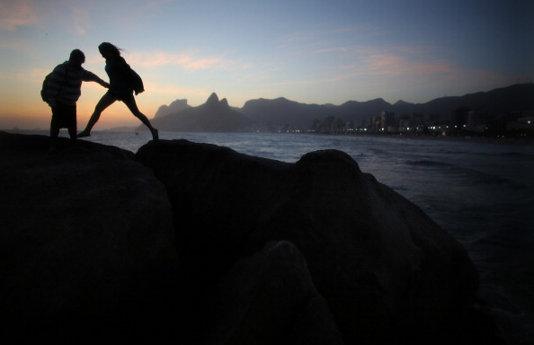 Mario Tama「Day Of The Dead Celebrated In Rio De Janeiro, Brazil」:写真・画像(14)[壁紙.com]