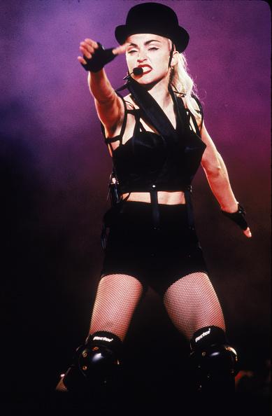 Singer「Madonna On Stage In Japan」:写真・画像(0)[壁紙.com]